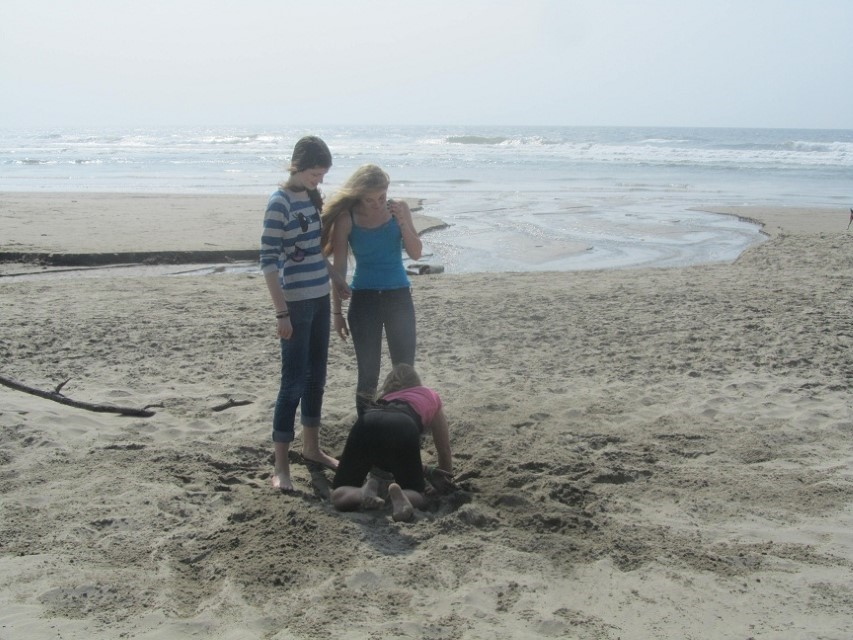 Tricia arrived with Tessa and Trenton Friday. We took them to the beach so they could dig holes and play in the ocean.