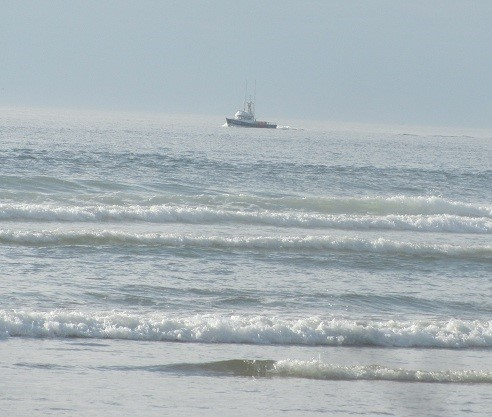 We find that there are a few fishing vessels left in Oregon. Never seen them this close to shore before. I think he is just under a mile out.