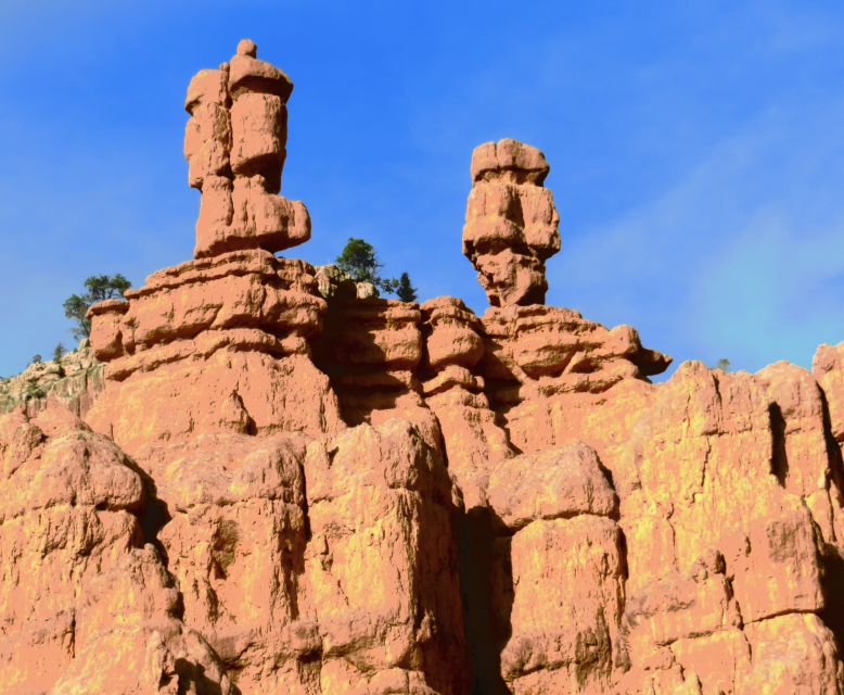 We say good-by to the Rock Monsters of Red Canyon. If you get to Bryce Canyon at 8am, come in mid May and have a 4 wheel drive vehicle you can make a loop from Kanab. See Bryce, then Kodachrome Drive out the dirt road to the Grand Staircase, go south on the dirt road to 89, then back into Kanab. Plan about 8 to 10 hours. Have a good evening and good night….