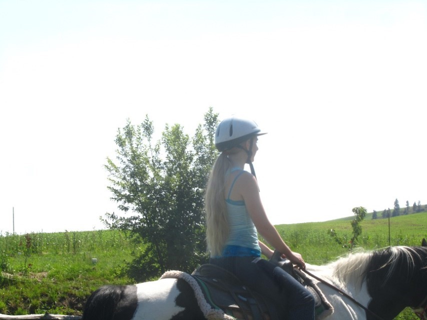 Holly is taking a much more laid back turn at horse riding.