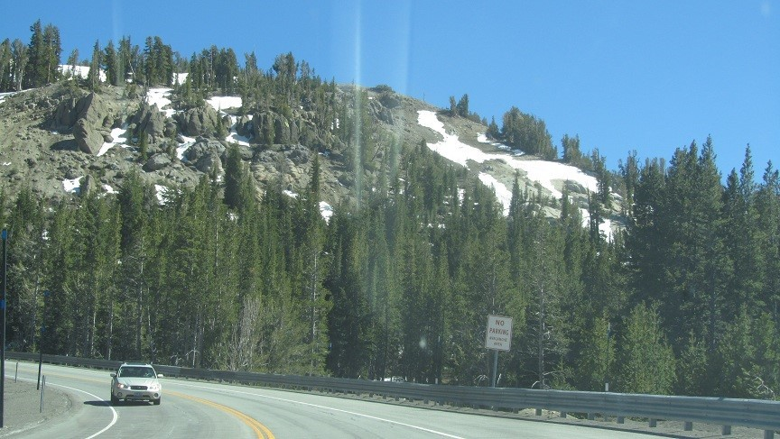 Now on hwy 431 crossing over the to Tahoe at 9000 ft.