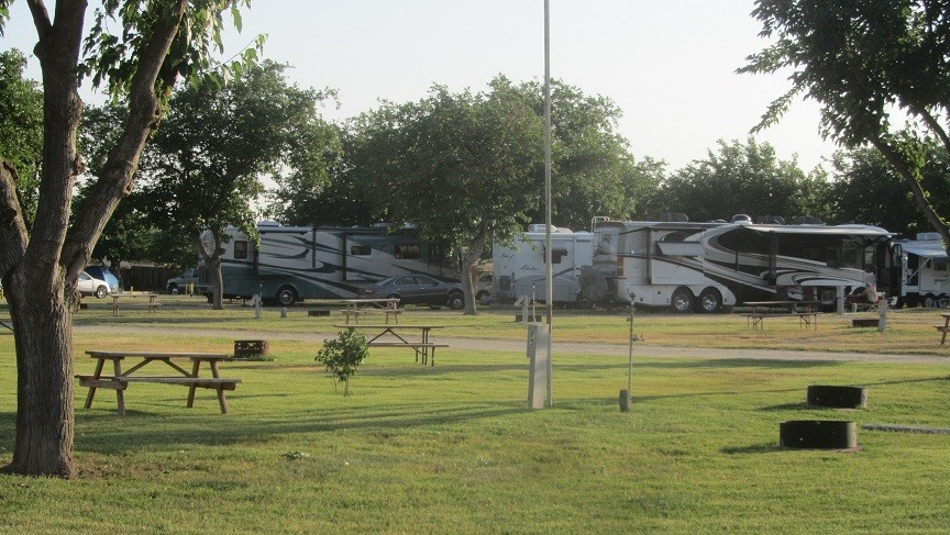 They put all of us with big rv in the back of the park near the cabins. The shower and bathrooms are really wierd. The person in the stall next to you has only a 50% chance of being the same gender as you. Sharing with someone of opposite gender as you and is not your spouse, is a little odd!