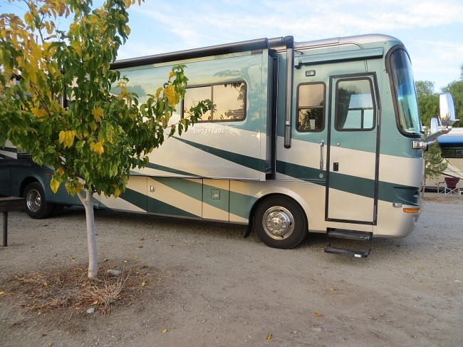 Finally we arrive at Soledad Canyon RV resort in Acton Ca. We found a great spot up on the hill with rocking 4G – LTE. With that Athena is excited to get some real work done from her desk , life does not get much better. So we had hoped. Athena finds out that UPS messed up the shipping information on three of her customer orders out of Illinois. When she tried to work with the customers, vendors, and UPS on the orders she found out she is the only one who cares. Working hard to correct this problem for customers she after two days of being a pest found out that an elephant is not all that concerned when a fly bites him on the butt. At the same time we get a call from the kids, they have been ill, and the DR. diagnosed John with Mono and ordered him to get rest, just as the chiropractor ordered him back to work on light duty. Not working really is a bear for a man mentally and physically. I feel for John. Holly, is just as ill as John, and stands a high probability of having Mono as well. If you have ever had to do book based work while ill, you have a real good idea of what she is up against. Holly is heading into mid terms, and this time they are complex.